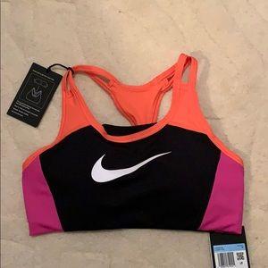 Women's Nike Swoosh Bra